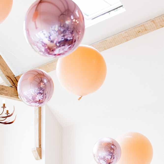 Bubblegum Balloons | Bright Wedding Photographer | Philippa Sian Photography