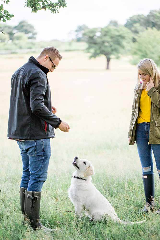 Couple Shoot with Dog | Surrey Lifestyle Photographer | Philippa Sian Photography