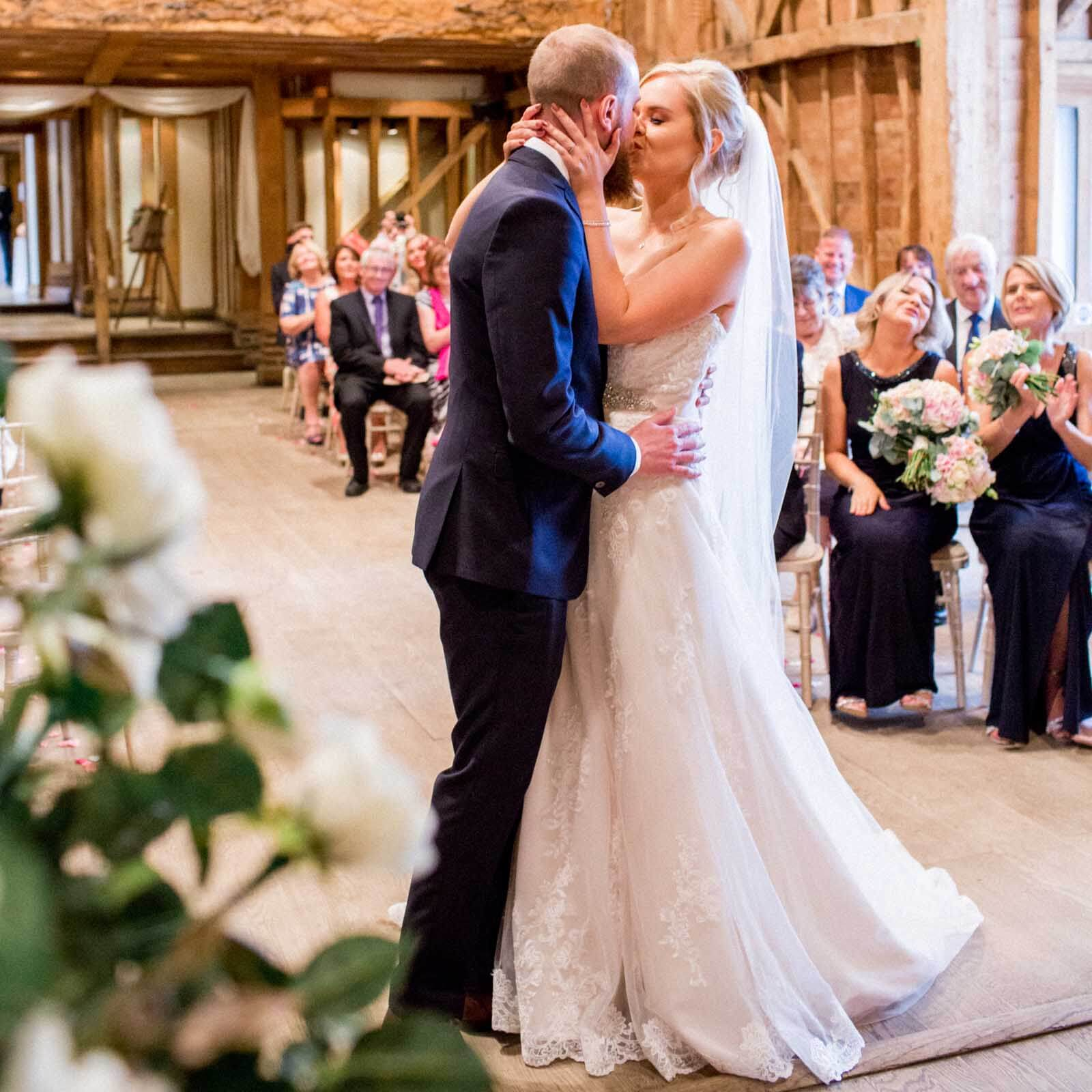 Barn Weddings | Wedding Photography | Philippa Sian Photography